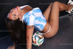 Praxede lovesita escort girl